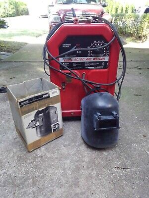 Lincoln Arc Welder Acdc 225125 Used With Welding Helmet
