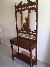 HALLSTAND - GREAT CONDITION Nudgee Beach Brisbane North East Preview