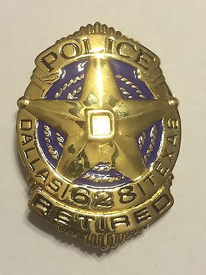 Obsolete Texas Dallas Retired Numbered Police Badge