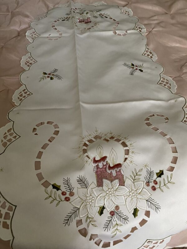 HAND EMBROIDERED CHRISTMAS TABLE RUNNER