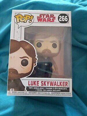 Funko Pop Vinyl Star Wars The Last Jedi Luke Skywalker No.266 Near Mint.