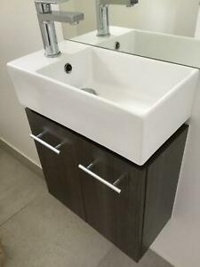 Vanity mini for toilet with basin and mixer tap