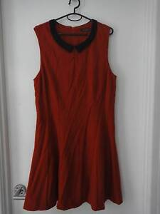 SZ 14 PORTMANS FITTED DRESS WITH FLARE - WORN ONCE ONLY Collingwood Park Ipswich City Preview