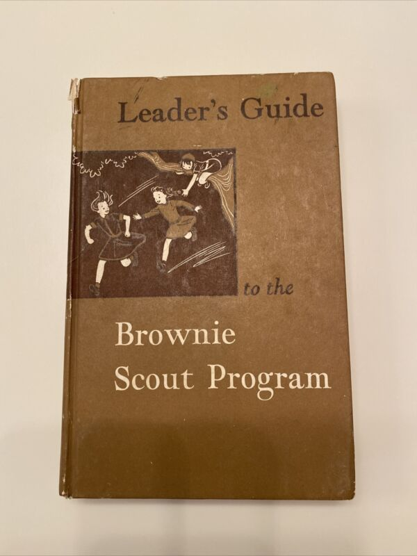 1957 Leaders Guide To The Brownie Scout Program  Girl Scouts Hardback Book