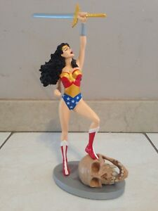 WONDER WOMAN JLA COVER TO COVER JUSTICE LEAGUE STATUE FIGURE