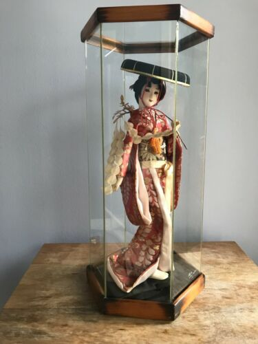 """15"""" Vintage Japanese Geisha Doll with 18"""" Glass Case - Atlantis Collection 1982"""