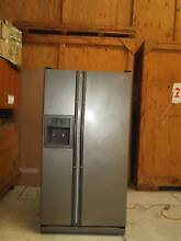 SAMSUNG SRS584DP Side by Side Fridge Freezer Greenacre Bankstown Area Preview