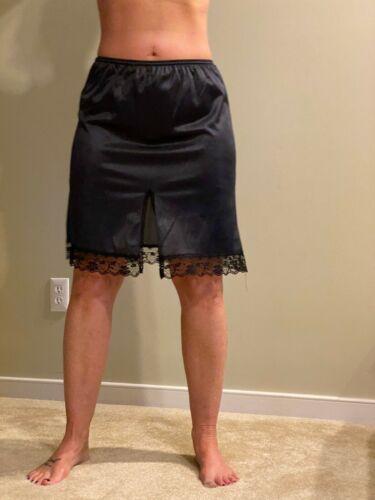 VTG Esteem Black Half Slip w/ back slit Soft Soft Silky Nylon Vintage  Size Med