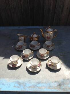 MIXED TEA SET  FROM A DECEASED ESTATE Glenroy Moreland Area Preview