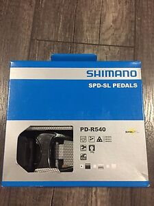 New Shimano Road Clipess Pedals with Cleats Black PD-R540 SPD-SL