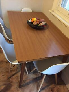 Mid Century, Eames Era Dining Table Woollahra Eastern Suburbs Preview