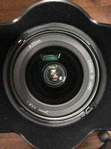 Canon 24mm 1.4 L V2 (2 weeks old - nearly brand new)