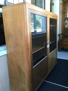 Great cabinet- priced to sell!