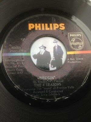 7'' The 4 Seasons Beggin' On Philips In VG to VG+ (Blue Eyed Soul Killer)