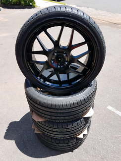 """Ford Falcon 20"""" wheel and tyre package"""