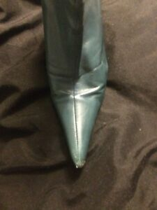 Teal green leather Aldo boots. Sz 8