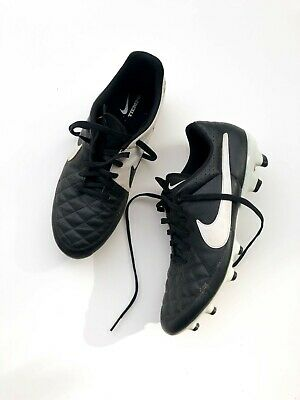 - Mens NIKE TIEMPO Classic Leather Soccer Football Cleat Shoes Size 10.5