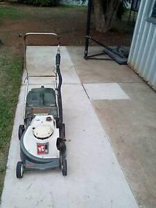 Lawn mower Elizabeth Playford Area Preview