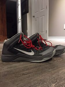 Nike Hyperquickness Basketball Shoes