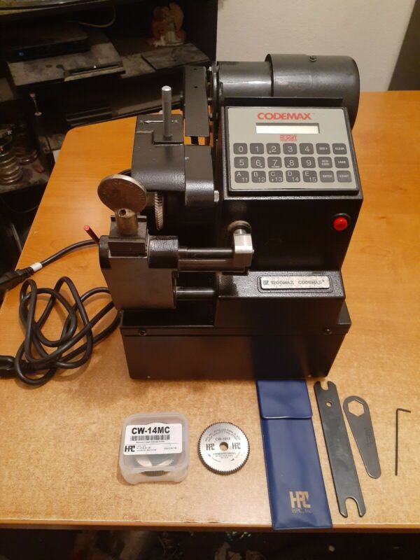 HPC CODEMAX ELECTRONIC KEY CUTTER MACHINE WITH EXTRA CUTTERS WORKS GREAT