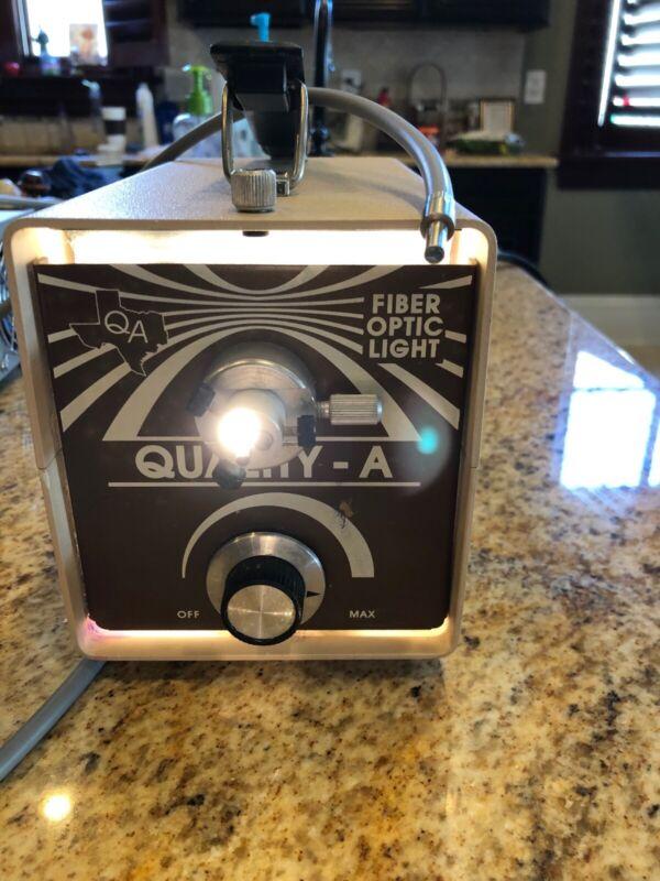 Quality Aspirators Fiber Optic light source