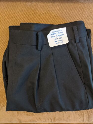 New Murphy And Hartelius Uniform Pants Size 38R fits Like A Size 34-36  - $8.00