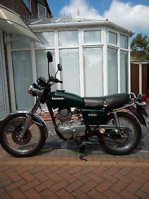 Kawasaki z200 classic motorcycle