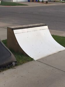 Skate Board Ramp Half Pipe