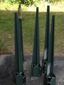Metal fence post stakes