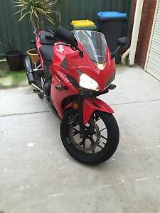 2014 CBR500r - Low Kms - LAMS Approved - Urgent Sale w/ EXTRAS Rowville Knox Area Preview