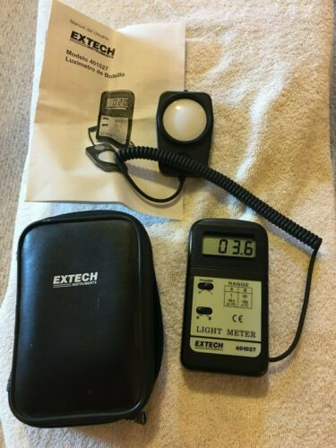 Extech Instruments 401027 Pocket Sized Light Meter