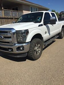 NOT A DEALER 2011 Ford F-350 Super Duty low kms