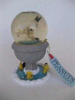 Peanuts Snoopy And Woodstock Hockey Snow Globe By Westland No. 18264