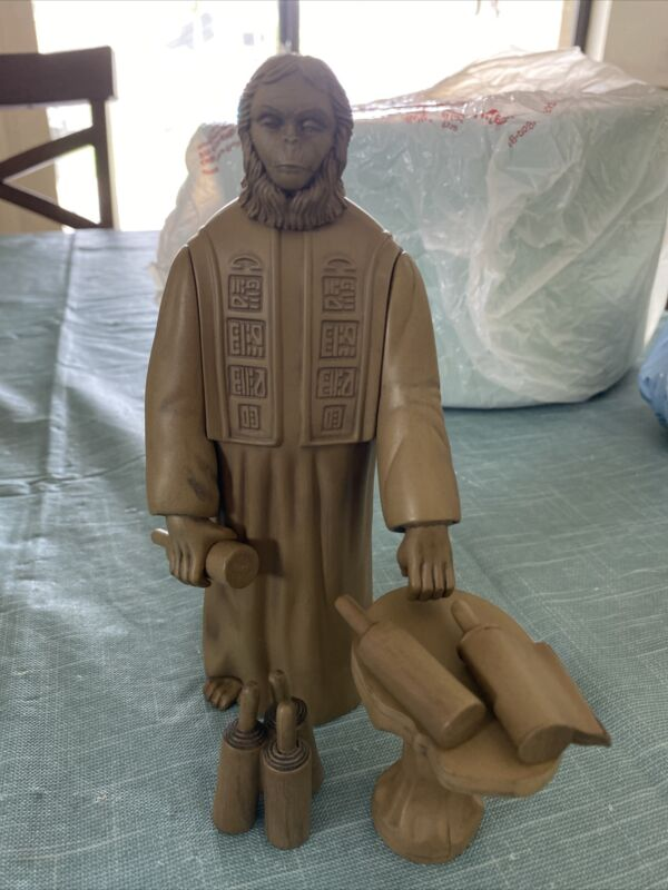 Planet of the Apes Medicom Toys Ultra Detail Figure GREATEST APE 2000