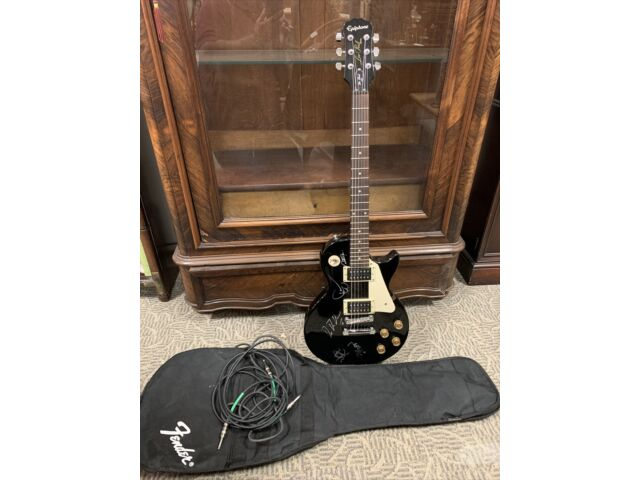 Epiphone LP-100 Les Paul Black Electric Guitar With Soft Case And Cords Signed