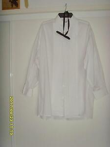 Gent's White Dinner Shirt with Bow Tie Size 44'' Augustine Heights Ipswich City Preview