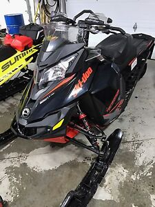 Ski doo renegade 800 back country X 2015