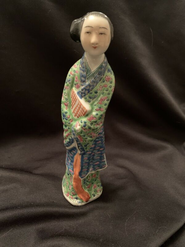 "Antique Chinese Lady Figurine Famille Rose, 6.1:2"" Tall Excellent"