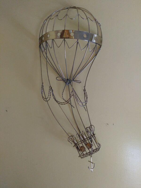 """Vtg 20"""" Metal Wall Hot Air Balloon"""