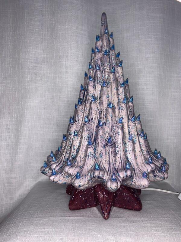 New Vintage Atlantic A314 Ceramic Lava Christmas Tree
