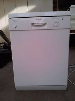 Dishwasher - Bosch classic electronic dishwasher  Paradise Campbelltown Area Preview