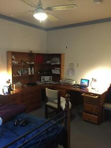 Burwood Deakin university opposite gate 2, 1 large room for rent Burwood Whitehorse Area Preview