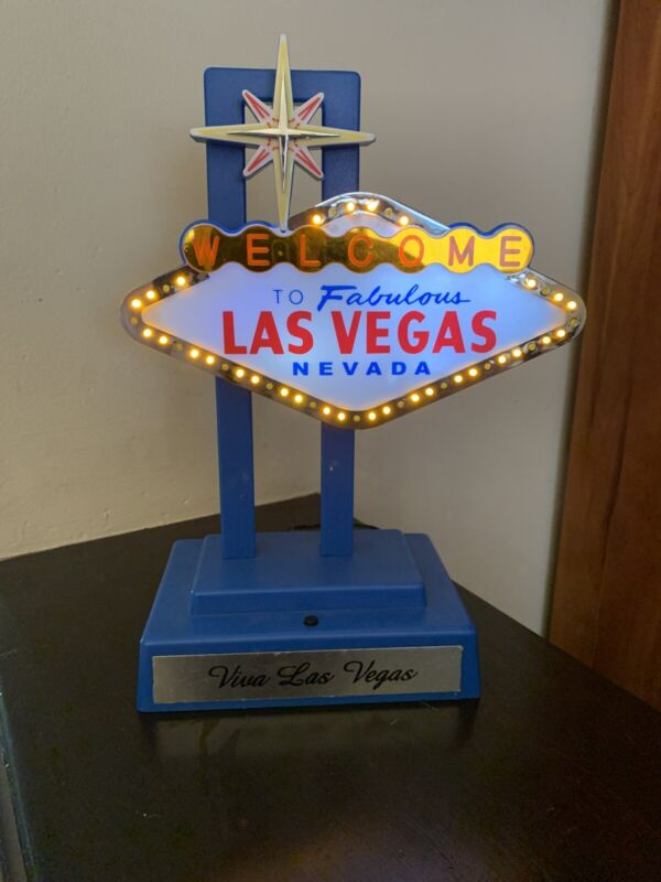*Vintage* Las Vegas - Welcome to Fabulous Las Vegas sign - lights up Blinking