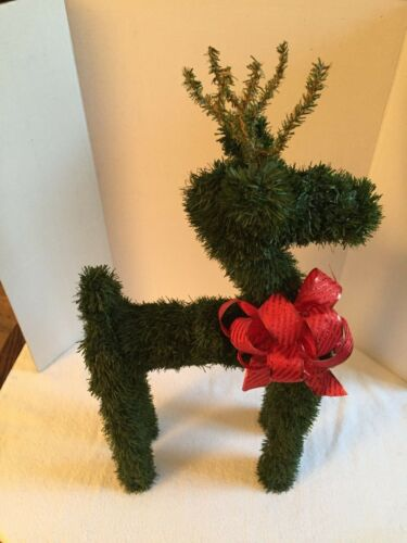 HAND CRAFTED WOODEN REINDEER CHRISTMAS DECOUR