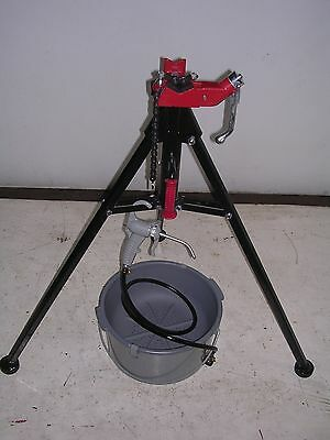 Bucket Oiler Portable Tri-stand Ridgid 300 600 700 535 1822 Pipe Threaders
