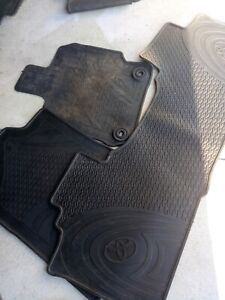 Toyota Camry rubber mats genuine
