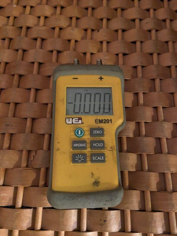 UEI Test Instruments EM201 Dual Port Manometer