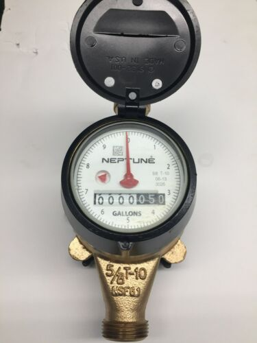 "5/8 x 3/4"" Neptune Water Meter/ scratches on register nsf-61/ new specifications"