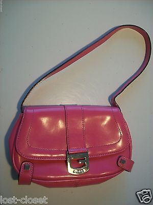 Guess Pink Patent Clutch Purse Handbag Shoulder Baguette Bag @ cLOSeT