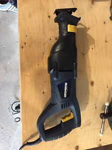 8.5 Amp Reciprocating Saw
